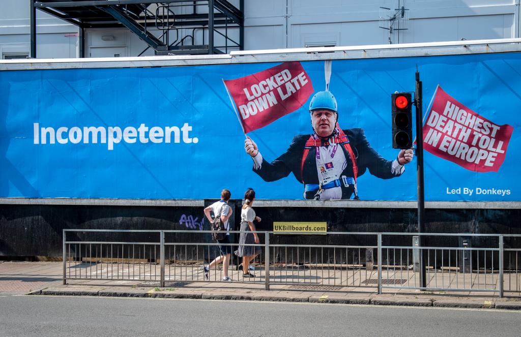 Poster of Boris Johnson saying 'Incompetent' Photo credit: Led By Donkeys https://www.ledbydonkeys.org/