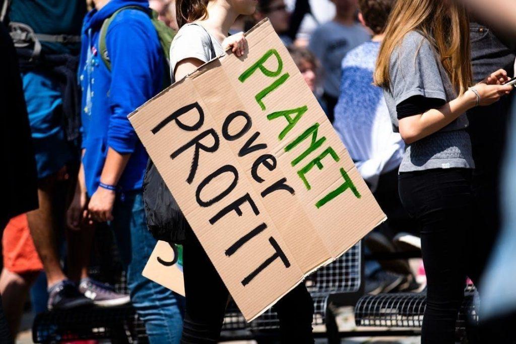 Friday school day climate protest. Photo credit: Markus Spiske on Unsplash.com