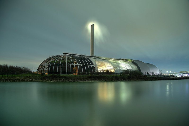 Night-time photo of Newhaven incinerator